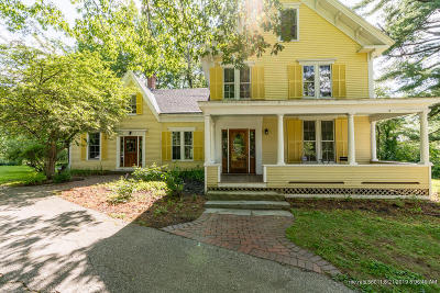 North Yarmouth Single Family Home For Sale: 555 Memorial Highway Highway