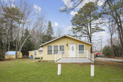 Old Orchard Beach Single Family Home For Sale: 53 School Street