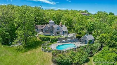 Ogunquit Single Family Home For Sale: 66 Pulpit Rock Lane