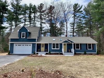 Kennebunk Single Family Home For Sale: 42 Hillcrest Drive