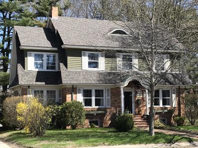Brunswick Single Family Home For Sale: 40 Pleasant Street