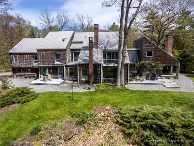 Brunswick Single Family Home For Sale: 642 Mere Point Road
