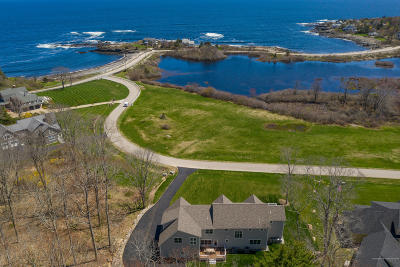 York Single Family Home For Sale: 7 Phillips Cove Road