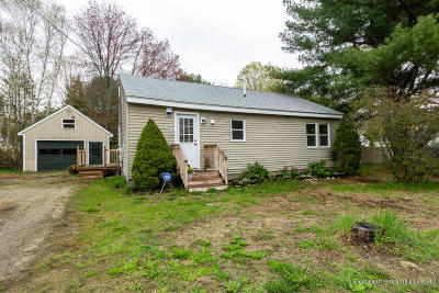 Scarborough Single Family Home For Sale: 407 Gorham Road