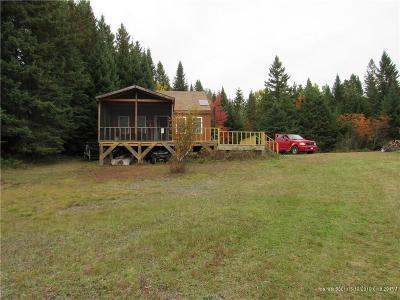 Single Family Home For Sale: 9 Whipple Farm Road