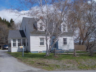 Caribou Single Family Home For Sale: 6 Elm Street