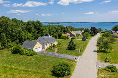 Cumberland Single Family Home For Sale: 4 Lantern Lane