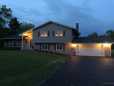Island Falls Single Family Home For Sale: 16 Pleasant Street