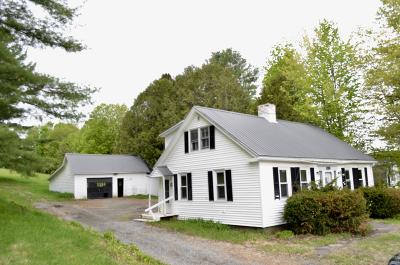 Single Family Home For Sale: 138 Main Road