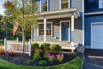 Kennebunk Condo For Sale: 34 Webhannet Place #24