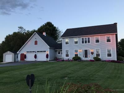 Single Family Home For Sale: 97 Comins Lane