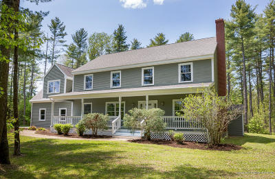 Freeport Single Family Home For Sale: 10 Lindy Lane