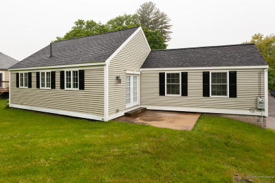 Kittery Single Family Home For Sale: 168 Manson Avenue