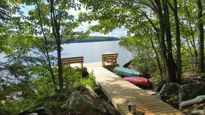 Single Family Home For Sale: 650 Old Ferry Road