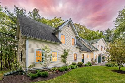 Yarmouth Single Family Home For Sale: 64 Granite Street