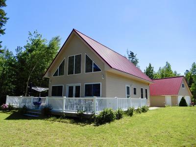 Single Family Home For Sale: 32 Sandy Beach Lane