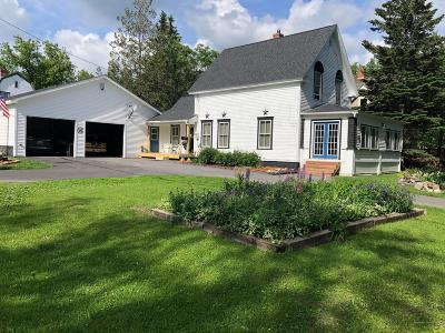 Caribou Single Family Home For Sale: 18 Park Street