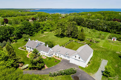 Scarborough, Cape Elizabeth, Falmouth, Yarmouth, Saco, Old Orchard Beach, Kennebunkport, Wells, Arrowsic, Kittery Single Family Home For Sale: 114 Old Ocean House Road