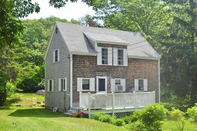 Scarborough, Cape Elizabeth, Falmouth, Yarmouth, Saco, Old Orchard Beach, Kennebunkport, Wells, Arrowsic, Kittery Single Family Home For Sale: 327 Ocean Avenue