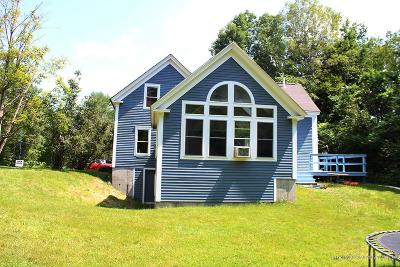 Single Family Home For Sale: 221 Raymond Hill Road