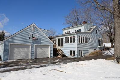 Single Family Home For Sale: 910 Main Street