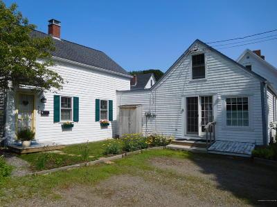 Single Family Home For Sale: 2 Kilby Street