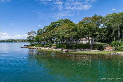 Yarmouth Single Family Home For Sale: 92 Cornfield Point