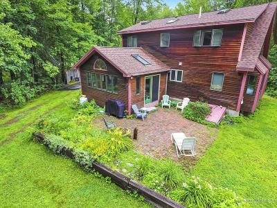 North Yarmouth Single Family Home For Sale: 240 Walnut Hill Road
