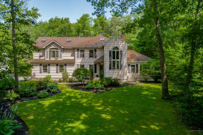 Falmouth Single Family Home For Sale: 17 White Rock Drive