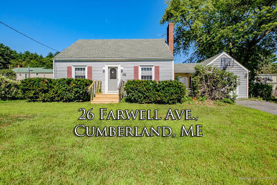 Cumberland Single Family Home For Sale: 26 Farwell Avenue