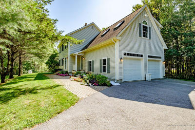 Falmouth Single Family Home For Sale: 3 Geary Way