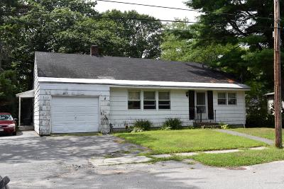 South Portland ME Single Family Home For Sale: $160,000