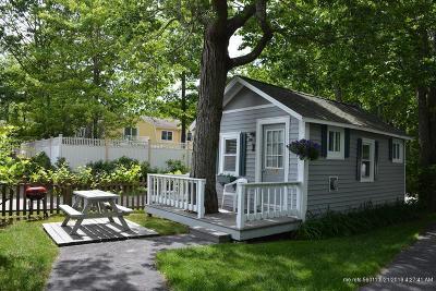 Scarborough Condo For Sale: 95 E Grand Avenue #1