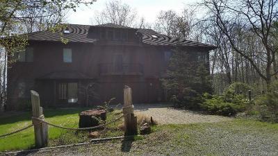 Pinckney Single Family Home For Sale: 11575 Cedar Bend Dr