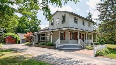Whitmore Lake Single Family Home For Sale: 1085 Jennings Rd