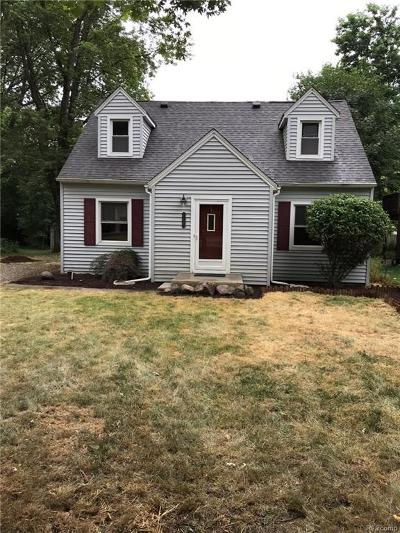 Whitmore Lake Single Family Home For Sale: 11577 North Main St