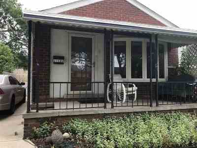 Southgate Single Family Home For Sale: 15169 Drake St