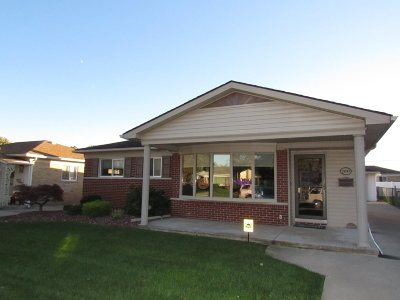 Taylor Single Family Home For Sale: 25147 Crowley