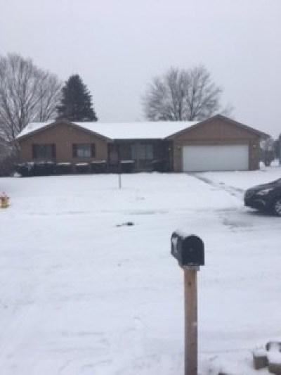 Flushing Single Family Home For Sale: 1460 Cedarwood Drive