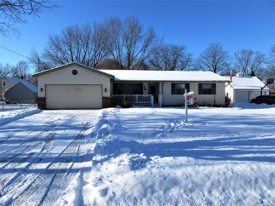 Flushing Single Family Home For Sale: 221 Frances N Avenue