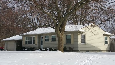 Flushing Single Family Home For Sale: 528 James Connis Drive