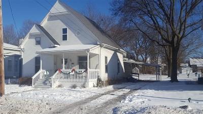 Flushing Single Family Home For Sale: 218 Maple Street