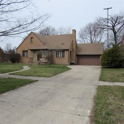 Flint Single Family Home For Sale: 2113 2nd E Street