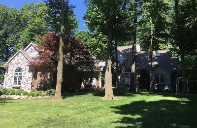 Flushing Single Family Home For Sale: 711 Shady Brook Lane