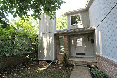 Flushing Single Family Home For Sale: 5444 Hickory Circle