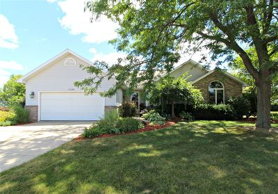 Flushing Single Family Home For Sale: 2336 Lost Creek Court