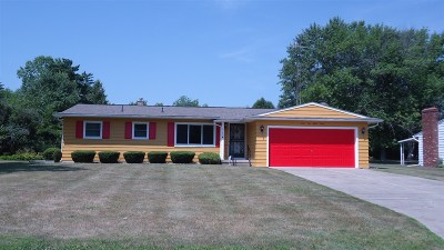 Flushing Single Family Home For Sale: 4187 Marianne Drive