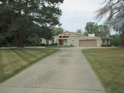 Flushing Single Family Home For Sale: 3389 Crooked Limb Court