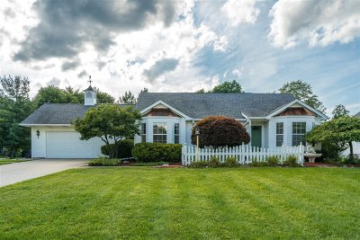 Flushing Single Family Home For Sale: 6558 Stonebrook Lane