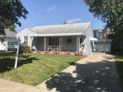 Flint Single Family Home For Sale: 2427 Tuscola Avenue